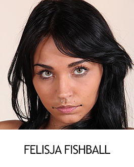 Felisja Fishball - FootFetishBeauties